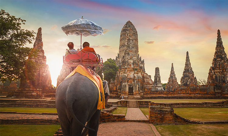 10 Amazing Things to Do in Ayutthaya, Thailand