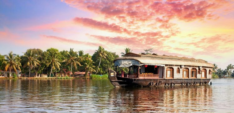 Alleppey - Tourist Places in India