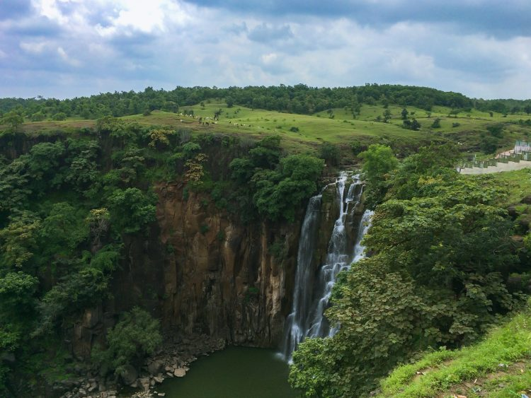 Experience Fairytale of Nature in The Patalpani Waterfalls