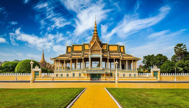 The Royal Palace_How to Spend a Day in Phnom Penh