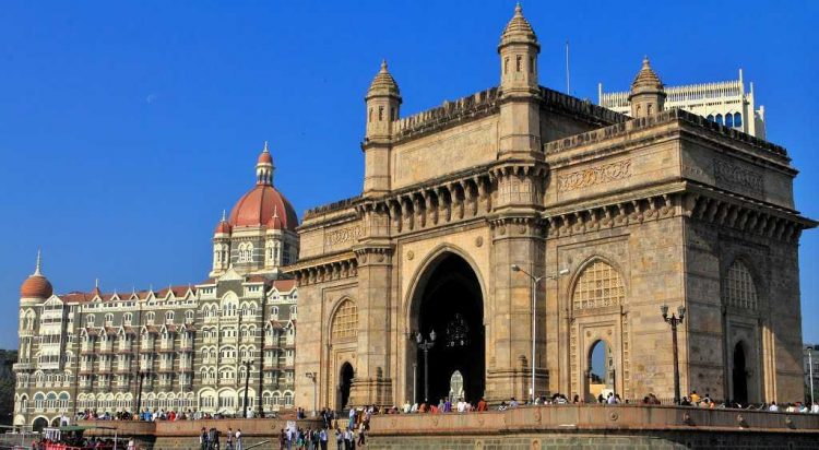 Gateway of India - Places to Visit in Mumbai