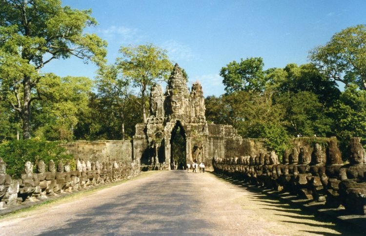 The 5 gates of Angkor Thom