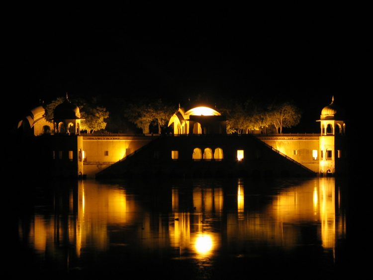 Visiting Jal Mahal - Things to Do in Jaipur, India