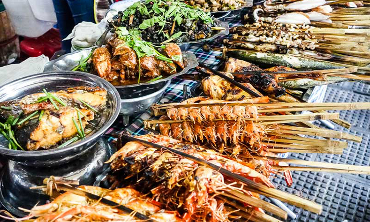 Places Where You Can Find Street Food in Phnom Penh