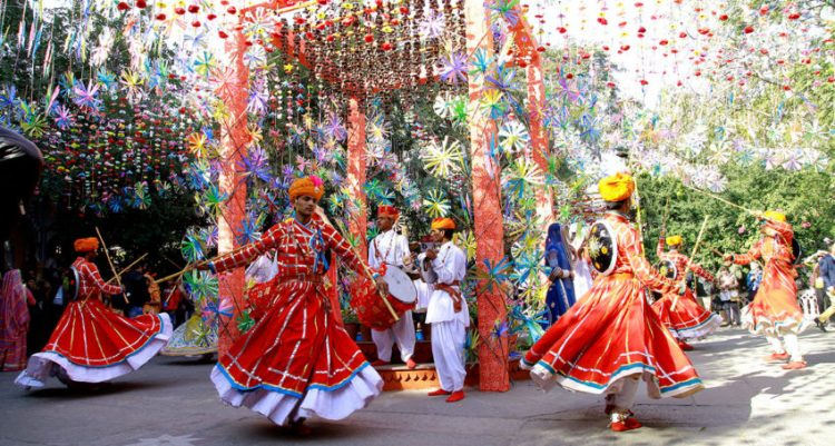 Take part in folk festivals