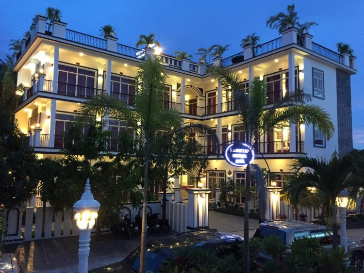 Kampot Boutique Hotel - Where to stay in Kompot