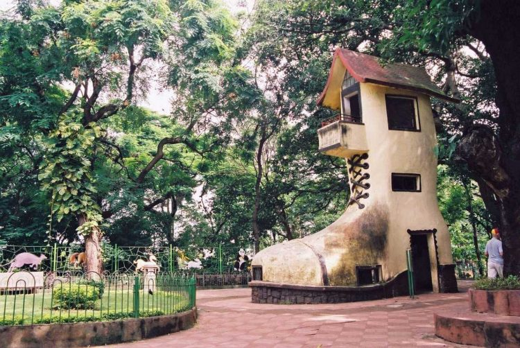 Kamala Nehru Park - Places to Visit in Mumbai