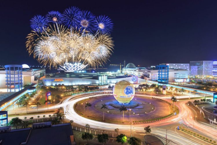 Mall of Asia - Places to Visit in Manila
