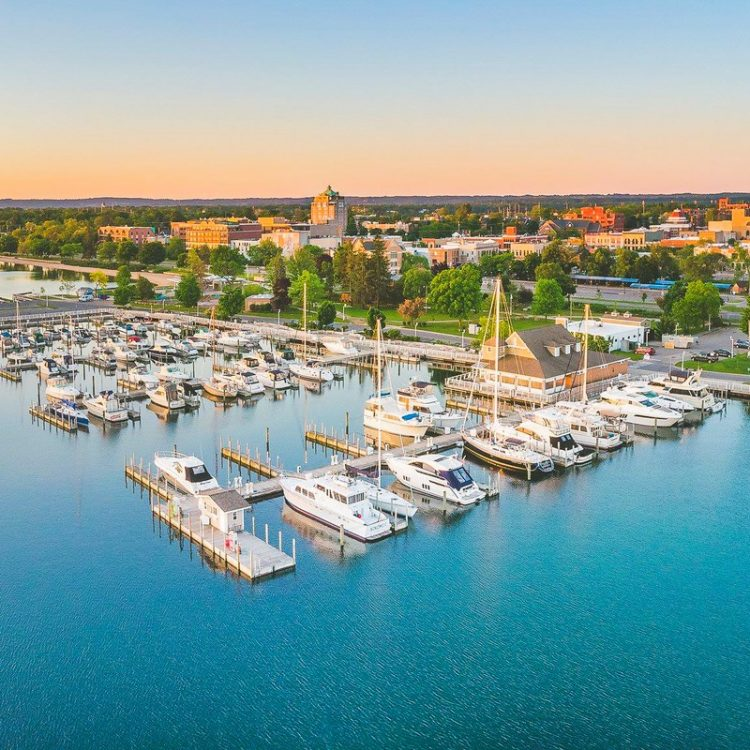 Traverse City - Towns in Michigan