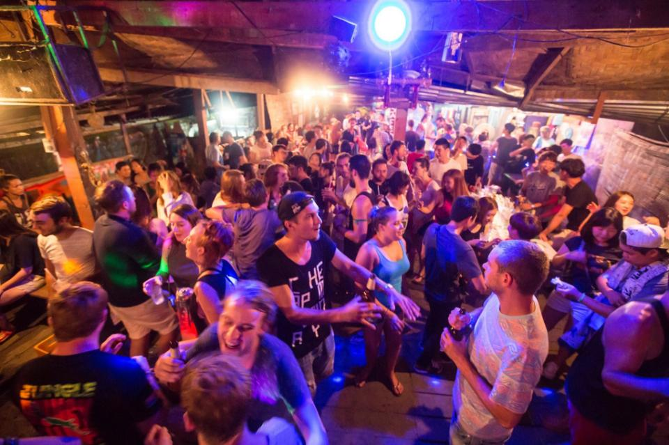 Party at Van Vieng