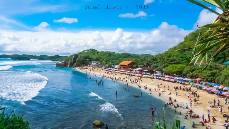 De-stress at Indrayanti Beach | 10 Best Things to Do in Yogyakarta