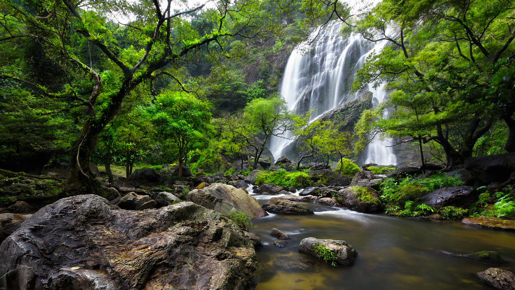 Khlong Lan Waterfall