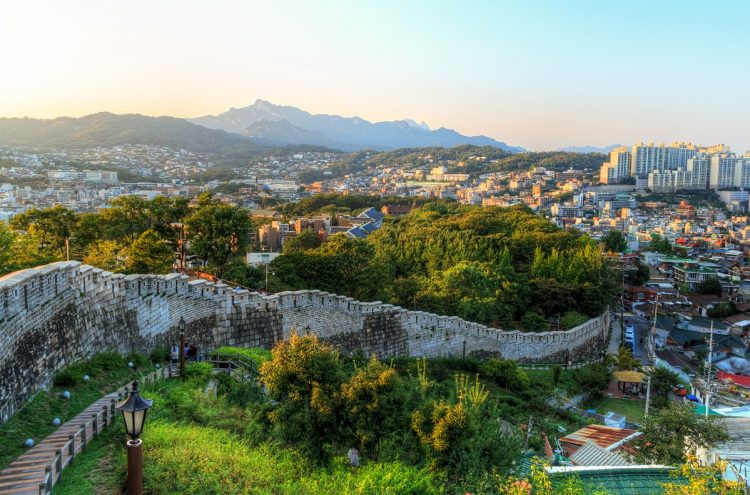 Hike Along the Seoul Fortress Wall