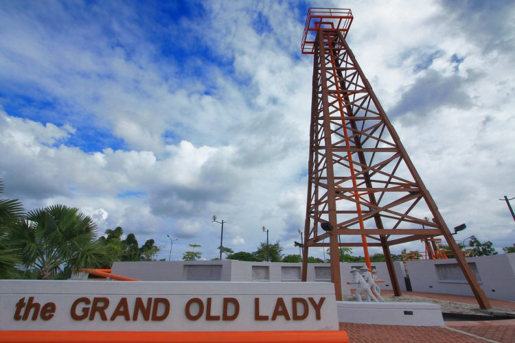 Grand Old Lady - Things to Do in Sarawak