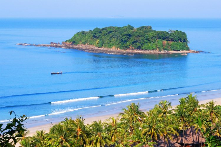 Ngwe Saung - Place to Visit in Myanmar