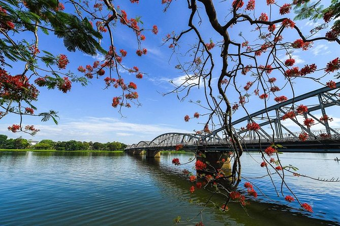 Stroll around the Perfume River